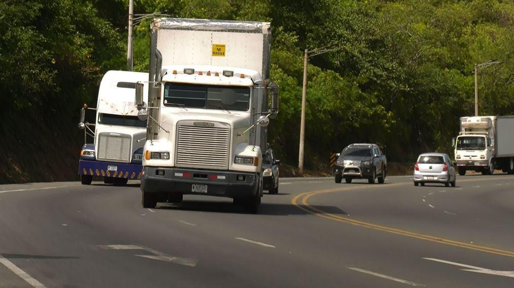 La ruta alterna a la Cuesta El Plomo que proponen expertos para vehículos  de carga pesada - Vos TV