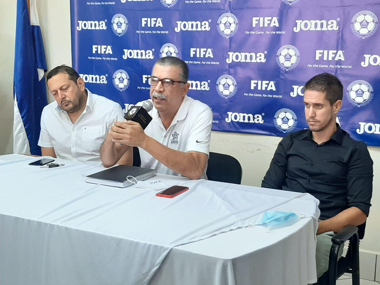 Juan Vita en su presentación oficial como técnico de Nicaragua