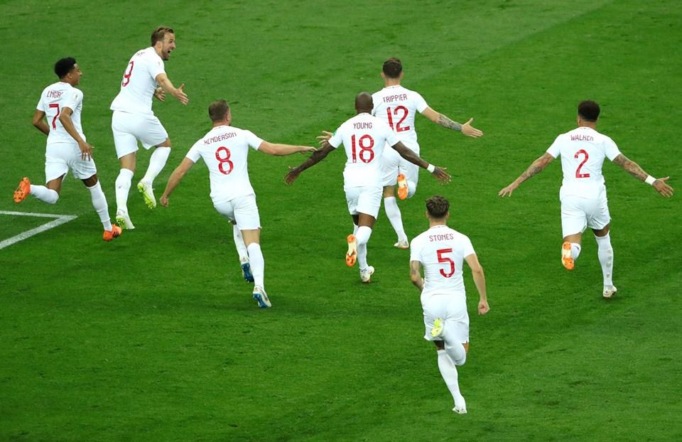 Inglaterra celebró su anotación en los primeros minutos del partido