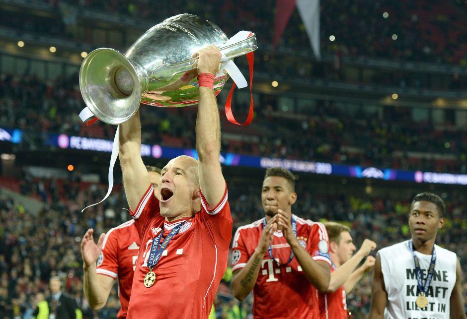 Robben levanta la Champios ganada con el Bayer