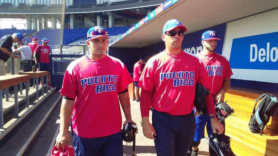 Puerto Rico entrenando en el estadio nacional