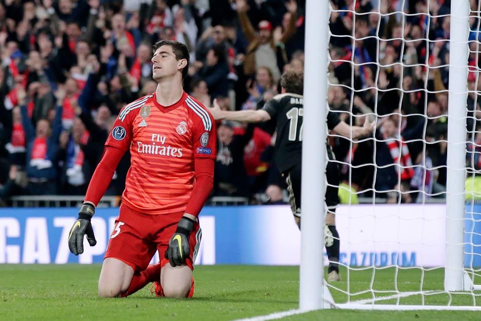 Thibaut Courtois vio perforadas sus redes en 4 ocasiones por el Ajax