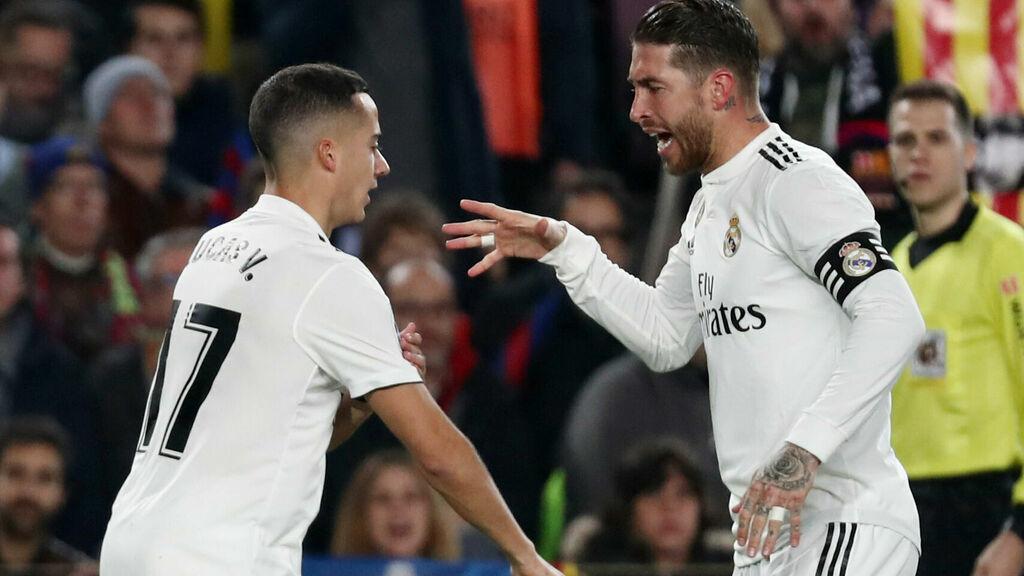 Ramos y Vásquez celebran el gol del Real Madrid