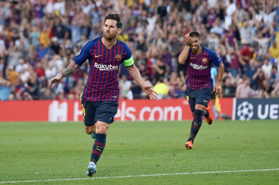Messi anoto tres goles en su debut en Champions