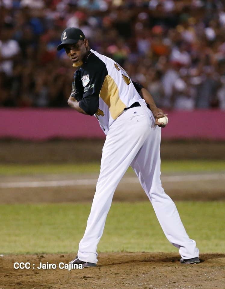 Luis Mateo lanzó juego completo para ganar el tíulo con León