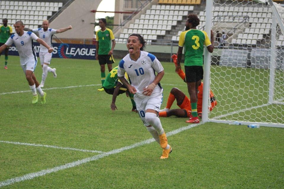 Bonilla la figura del partido con dos goles.