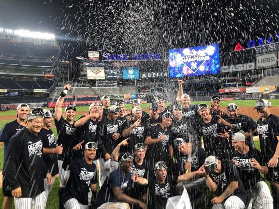 Yankees celebran en su estadio el título divisional de la Liga Americana. FOTO: VOS TV | CORTESÍA