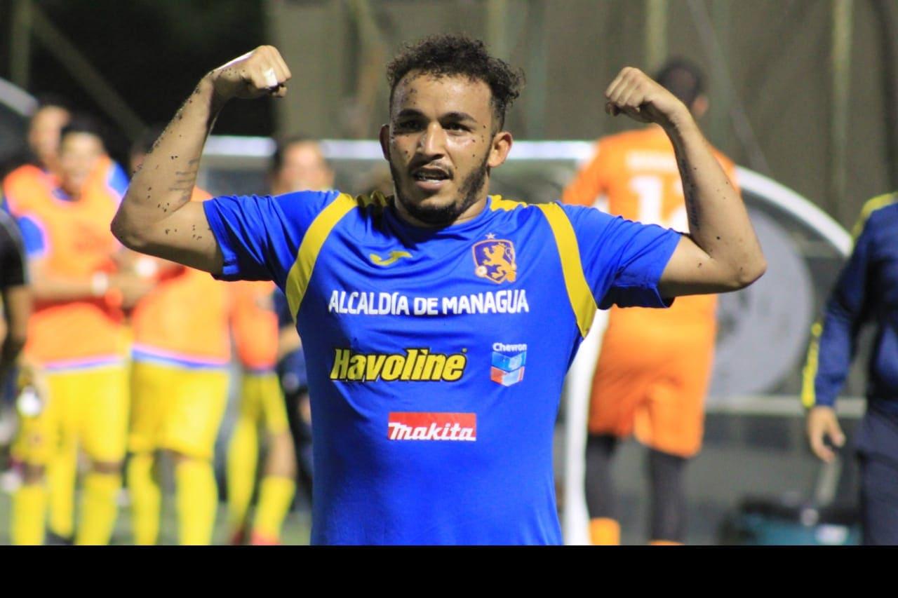 Lucas Dos Santos anotador de dos goles en el juego de semifinales